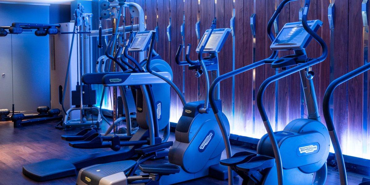 Fitness studio 7